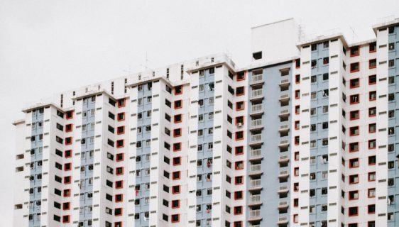 Čo môžete urobiť, ak ohrozuje iný majiteľ bytu vaše pohodlie a komfort